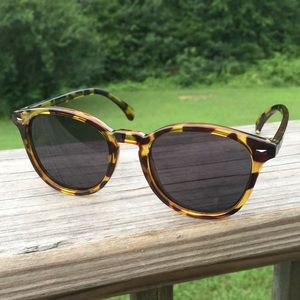 Le Specs Sunglasses giraffe animal print